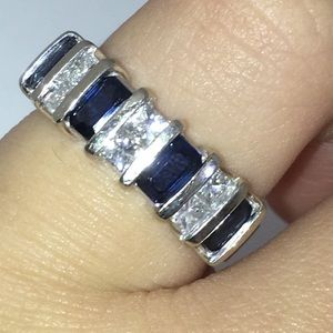 Jewelry - 14KT White Gold Natural Sapphire Diamond Band Ring